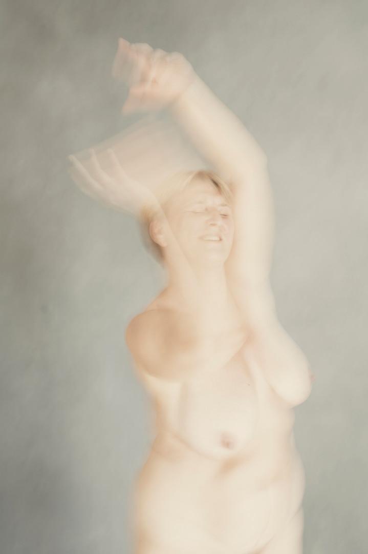 Iris-Valentina-angelique-dans-4.jpg