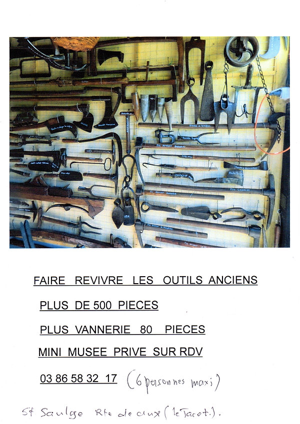 affiche MUSEE ST SAULGE VIEUX OUTILS.jpg