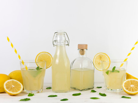 5 FUN FACTS ABOUT LEMONS -  and a healthy lemonade recipe