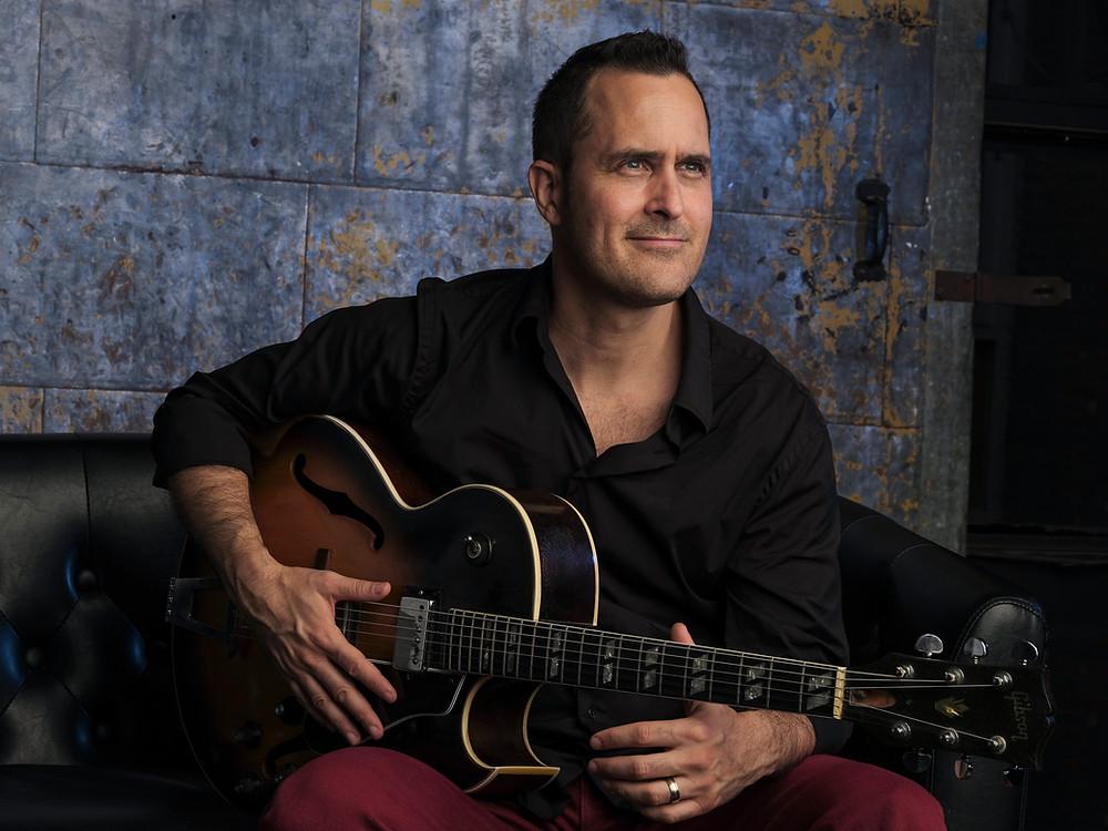 Jonathan Kreisberg spiller på Samsø Jazzfestival fredag aften på Flinchs Hotel kl. 21.00