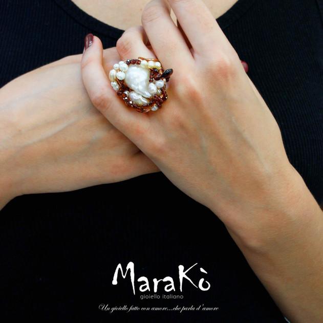 Granato_e_Perle_|_Anello_Natura_-_Marako
