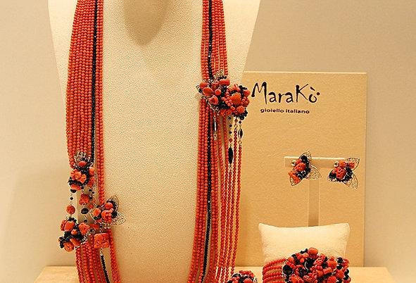 Corallo bamboo rosso, corallo sardo e agata nera