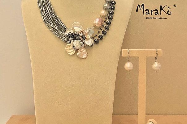 Ematite e perle coltivate