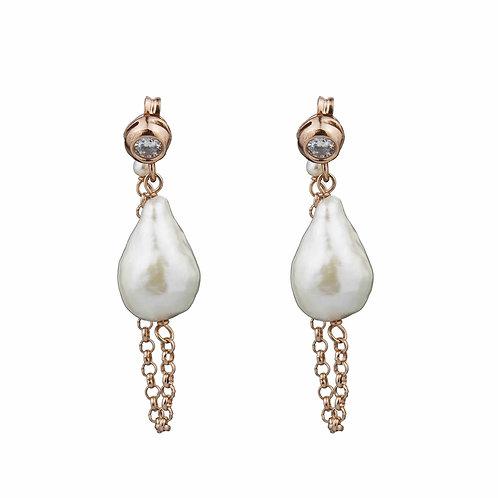 Orecchini perle bianche con catena e zirconi