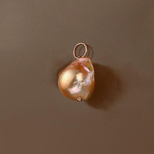 Ciondolo perla barocca rosa