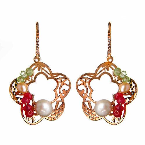Orecchini fiori traforati giada rosa, peridot e perle coltivate