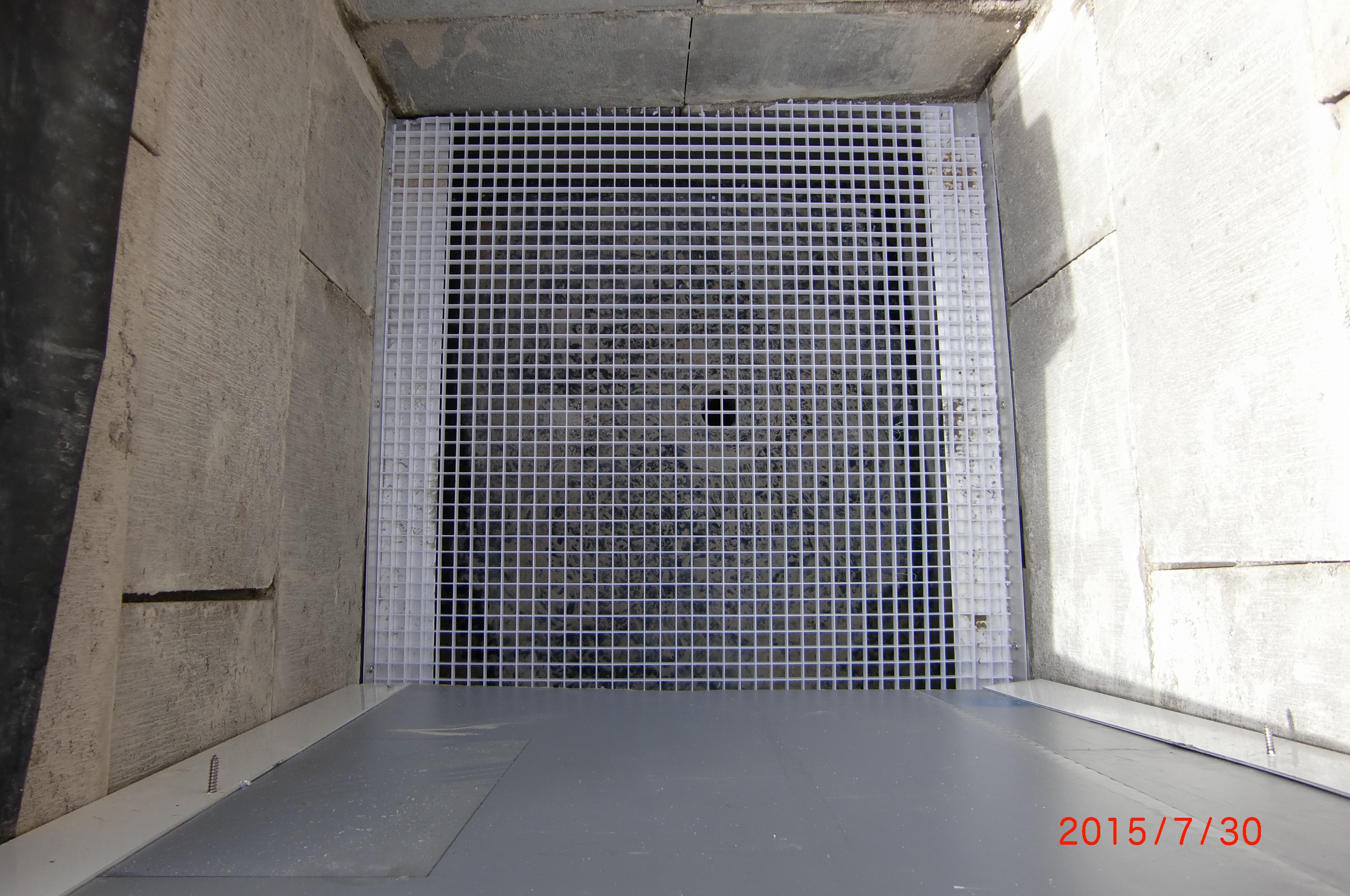 9. Einsetzen der Lichtstegplatten