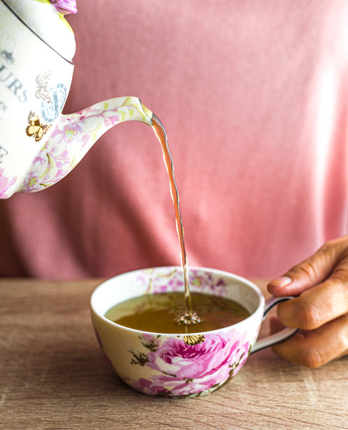 Pouring Tea in a teacup_Food Photography