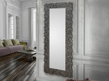 Espejo vestidor,marco realizado con semiesferas y cuadrados facetados de acrílic
