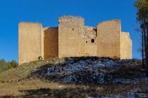 Castillo-de-Cifuentes-13.jpg