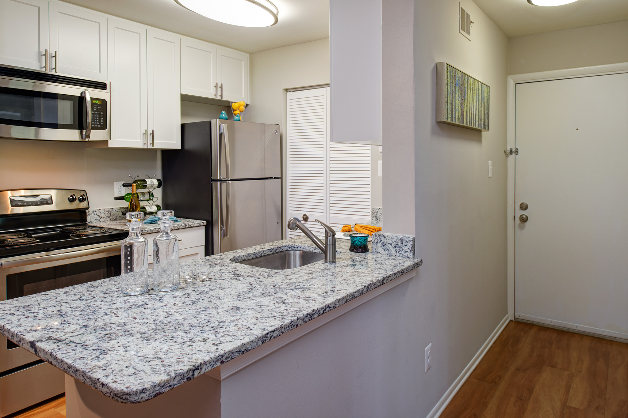HuntClub-2A20Model-Kitchen2