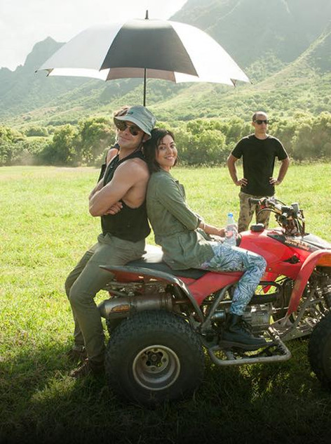 Derek Guetter photoboming Zac Efron and Aubrey Plaza on set of Mike and Dave Need Wedding Dates