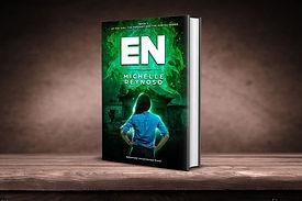 En (Book 1 of The Girl, the Pendant & the Portal) book cover