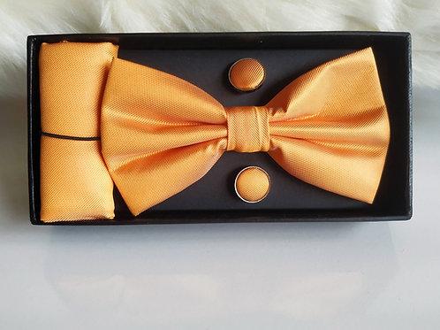 Set Pajarita Pañuelo y Gemelos Naranja