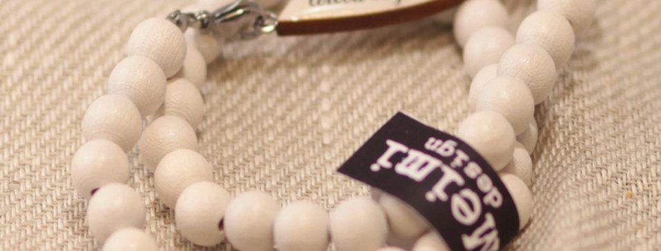 "Toivoa täynnä ""Full of hope"" - pearl bracelet wrapped -white"