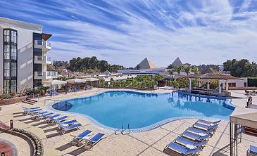 SHR_Pyramids_Swimmin_2a05a036d3b62425ca2