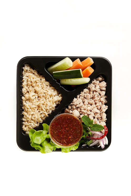 Larb pork (Spicy minced pork salad)