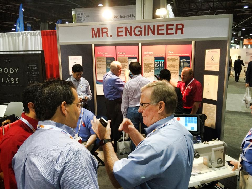 MRETRADESHOW2014photo.JPG