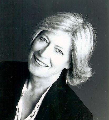 Anne Singer .jpg