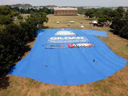 Gildan World's Largest T-Shirt