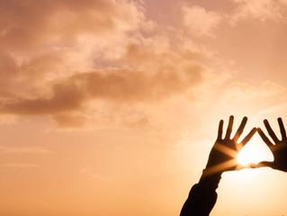 Cuando te des cuenta que lo único constante es el cambio, no volverás a aferrarte a nada.