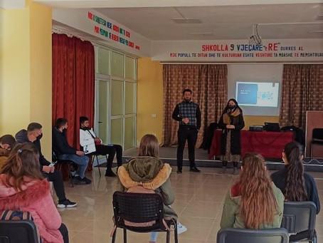 Skuadra Lëvizëse për Aftësimin Digjital ndalet në Durrës!