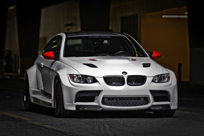 2011_Vorsteiner_BMW_M_3_GTRS3_Widebody_tuning_3000x2000.jpg