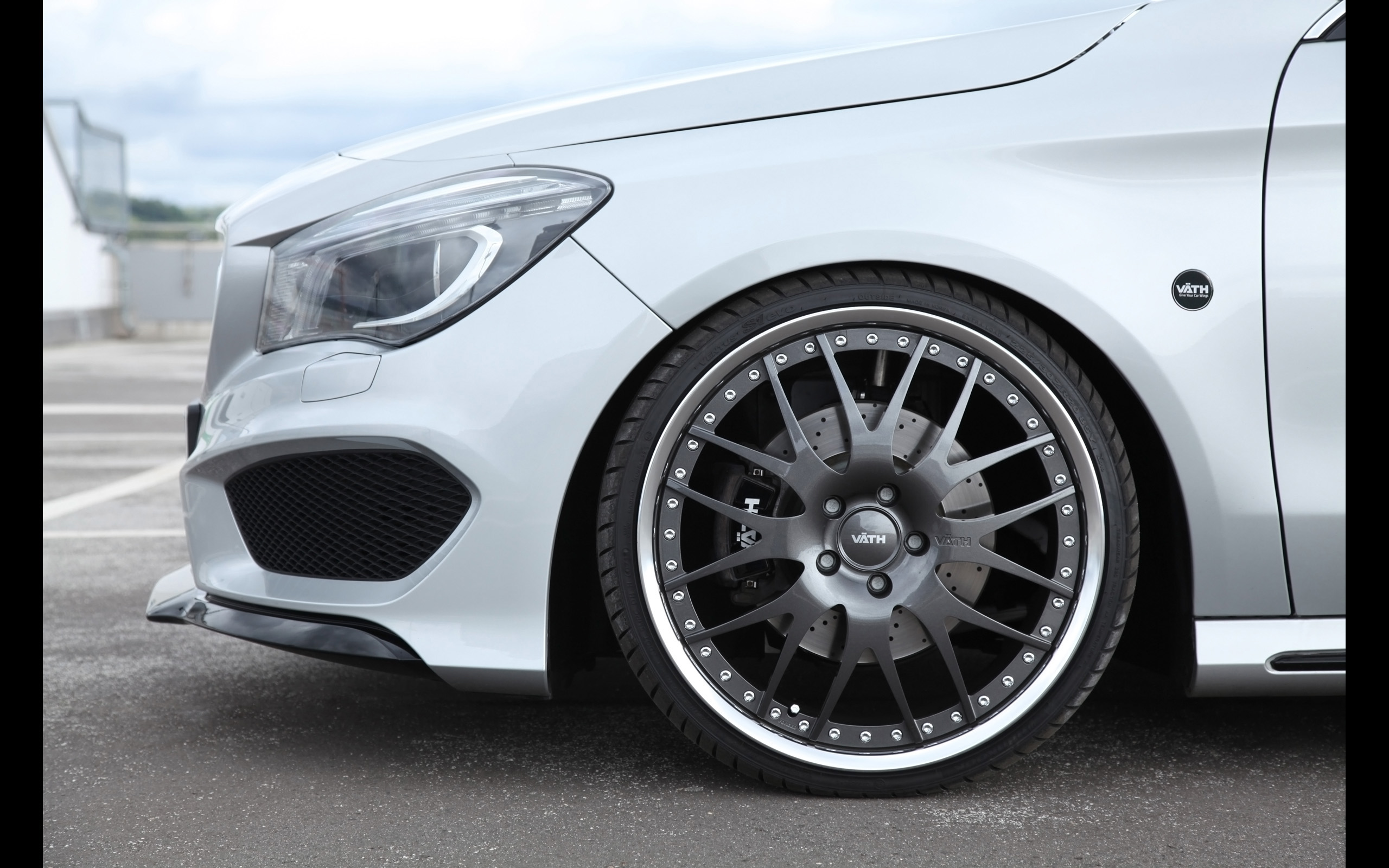 2013_Vath_Mercedes_Benz_CLA_V25_tuning_wheel_2560x1600.jpg