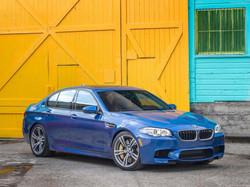 2014_bmw_M5_F10_sedan_blue_bleue_blu_1600x1200.jpg