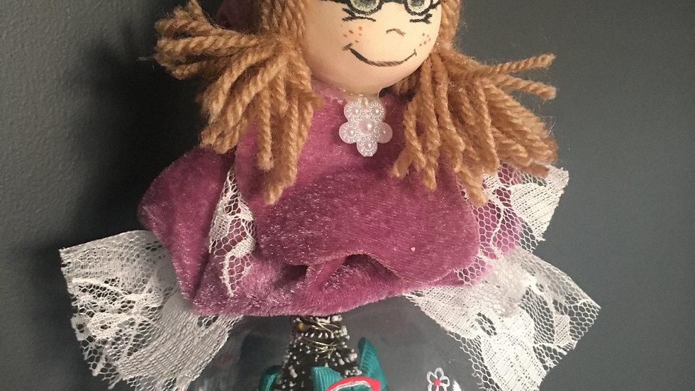 bambolina su pallina plex con alberello illuminato