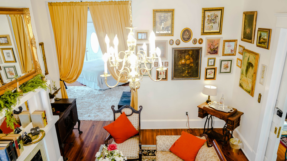 unique, creative inn, hotel, hostel