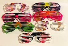 Spin art glasses