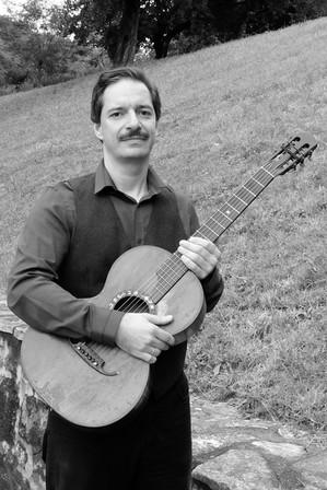 Csörsz Rumen István (Kobzos Kiss Tamás gitárjával)