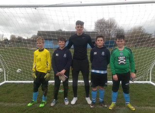 Old boy returns to coach our young goalkeepers