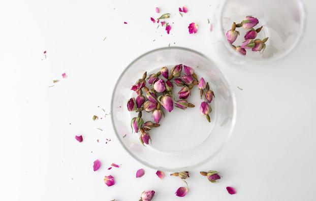 Exclusive tea blossoms