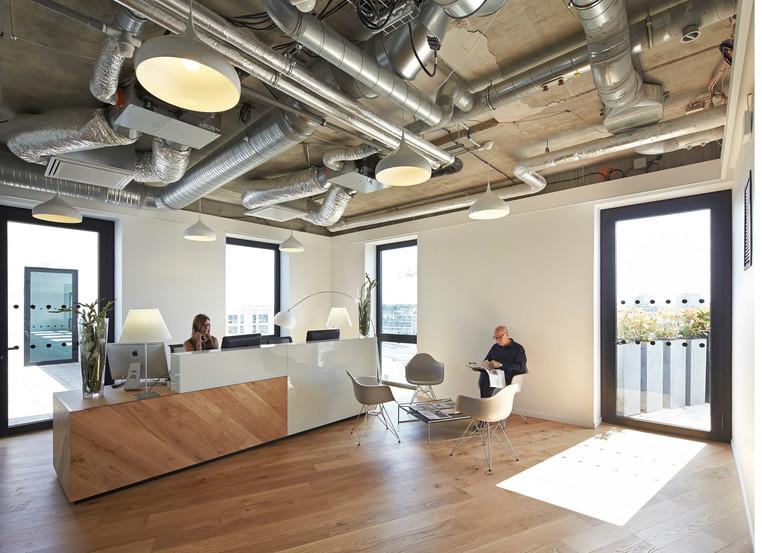 HLW_BBDO Offices_Paris_-®Hufton+Crow_006