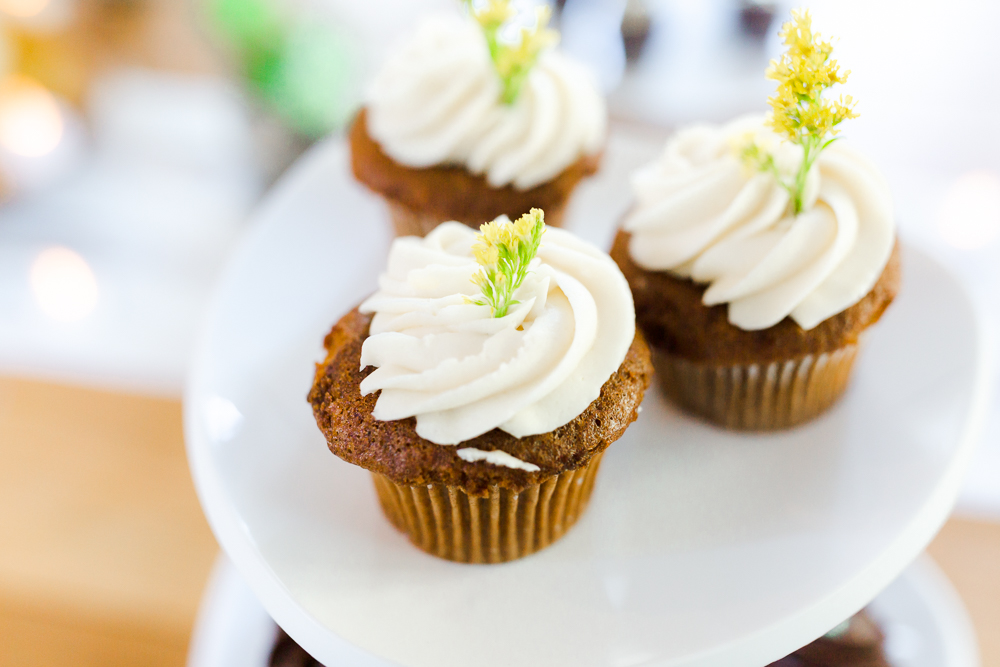 Market of Choice cupcake Sunriver Oregon wedding