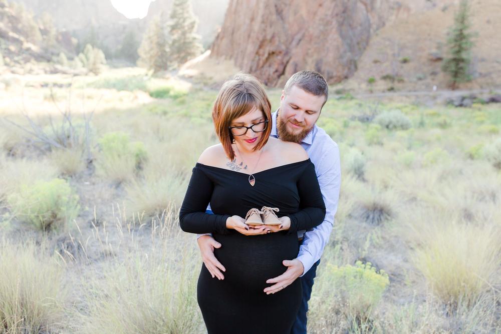 Bend Oregon Smith Rock Maternity Session
