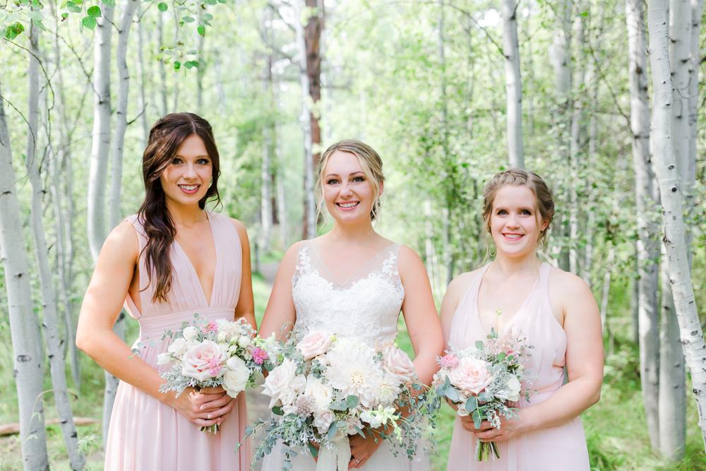 Bridesmaids and Bride portrait in Shevlin Park Bend Oregon
