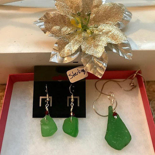 Holiday Sea Glass pendant and earring set