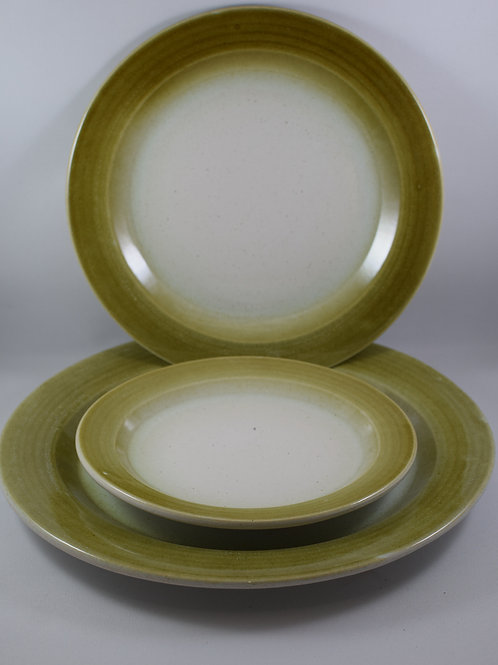 Green and White Table Ware 8""
