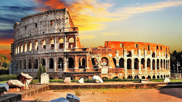 Colosseum_Famous_Tourist_Place_in_Rome_I