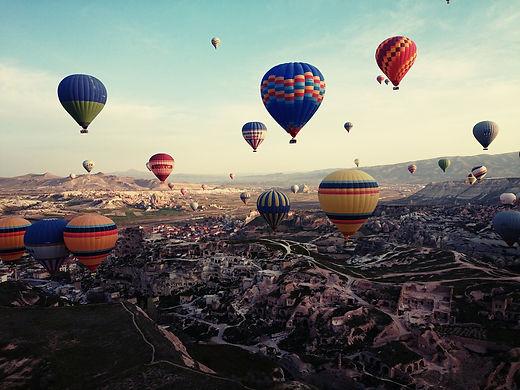 cappadocia-805624_1920.jpg