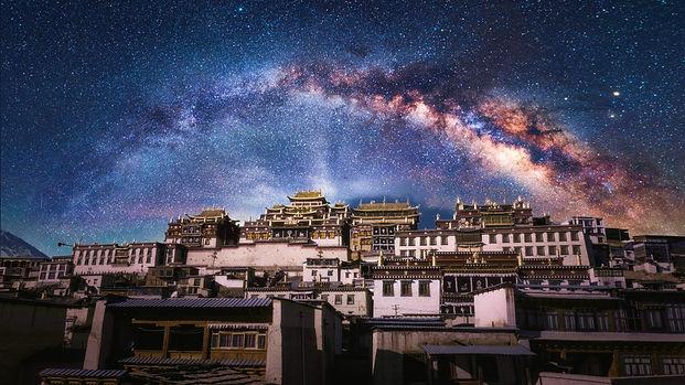milky-way-buddhism-buddhist-tibetan-wall