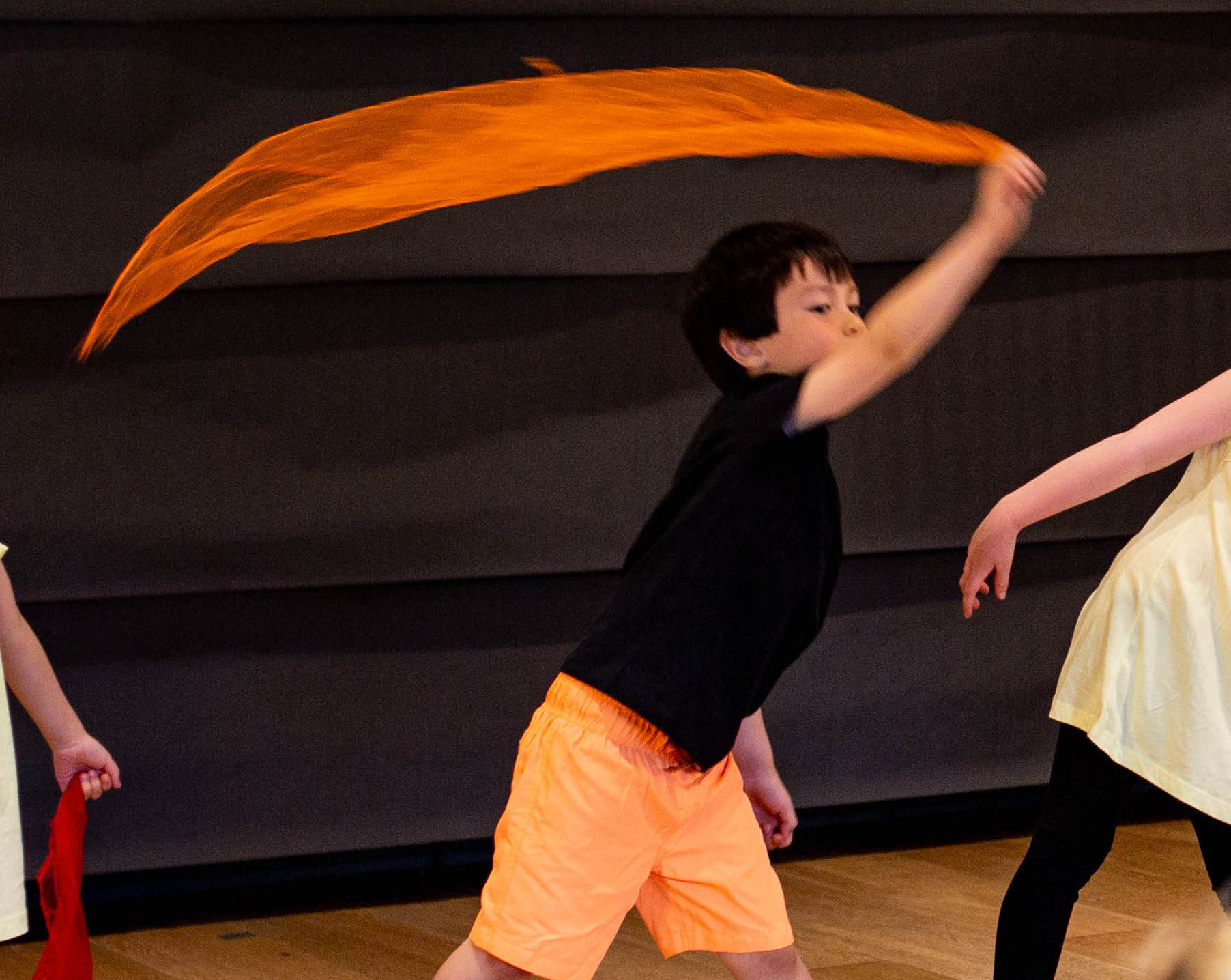 Creative Contemporary Dance (Ages 4-5)