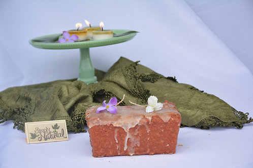 Warming Candle 2-Wick Loaf Carrot Cake