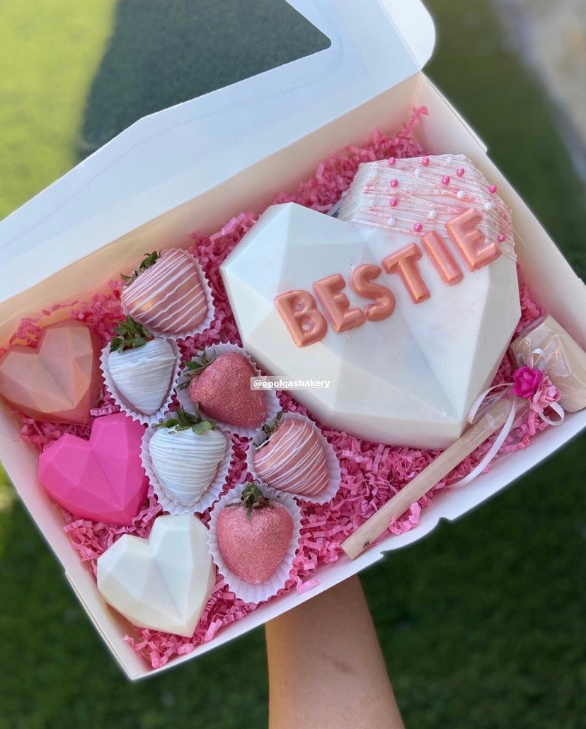 BESTIE Heart Box