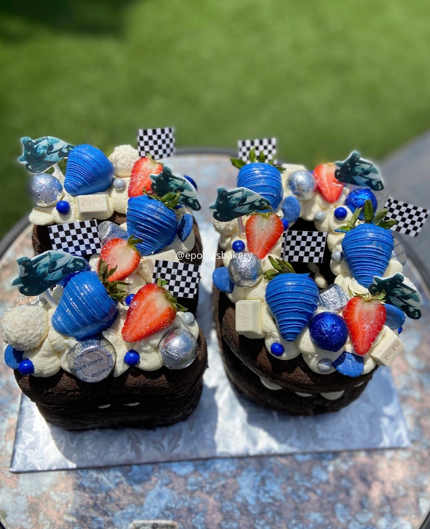 Small Racing Number Cake