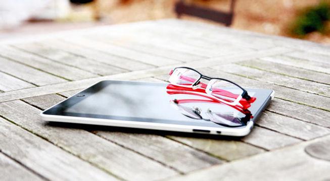 screenglasses2.jpg