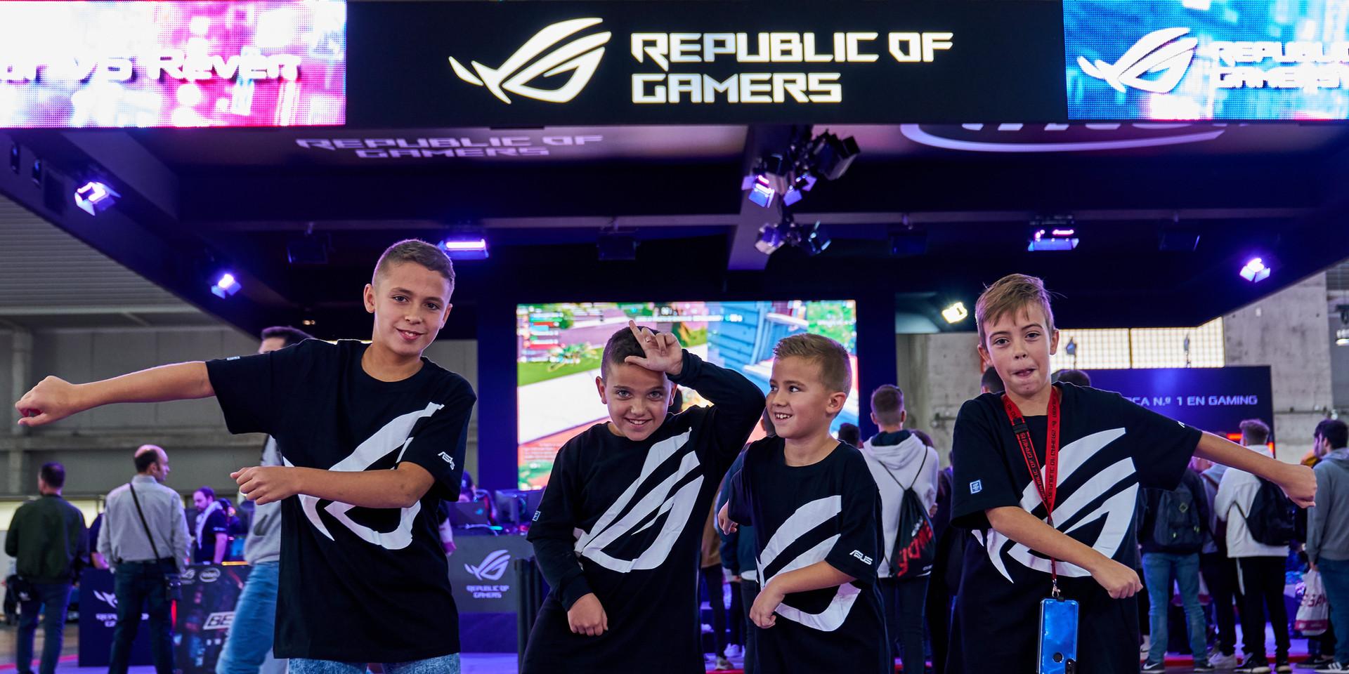 FOTOGRAFÍA  Y VIDEO EVENTO NICEONEBARCELONA N1B REPUBLIC OF GAMERS GAMING EVENT_16